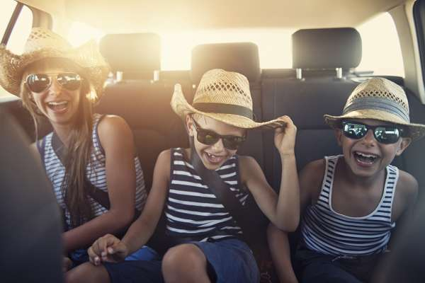 FYidoctors Blog | How to Stay Alert and Amused on Your Road Trip