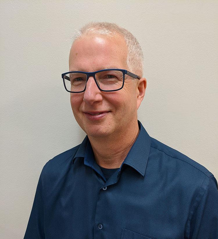 Dr. Craig Reavley