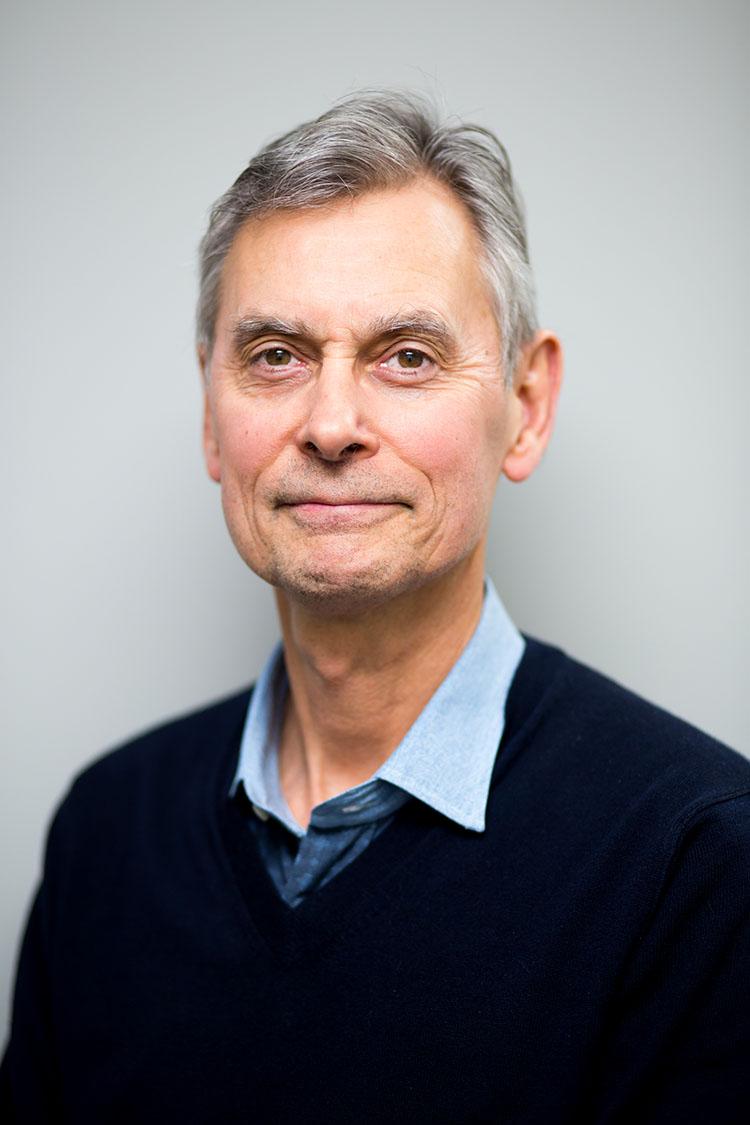 Dr. Thomas Psutka